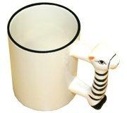 белая с ручкой в виде зебры